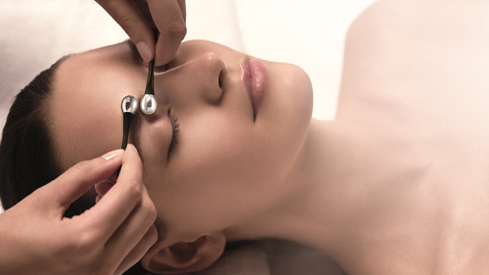 The La Mer Genaissance Facial Treatment - Spa de La Mer Geneva